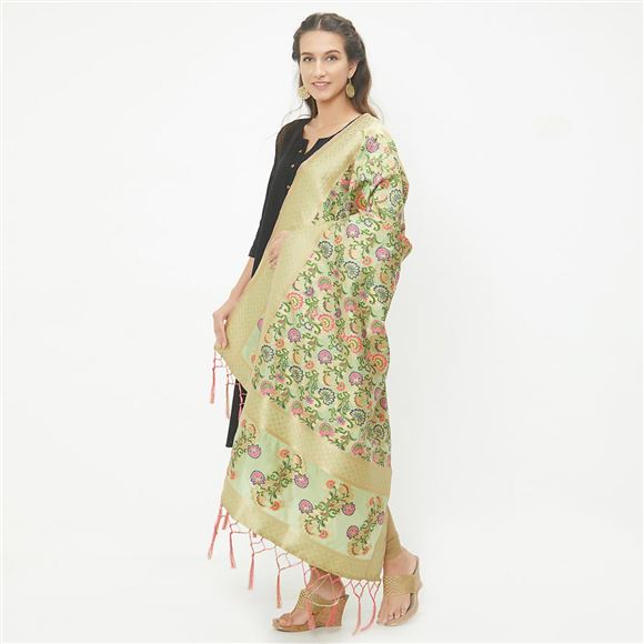 Artistic Weaving Work On Green Banarasi Jacquard Dupatta For Traditional Look
