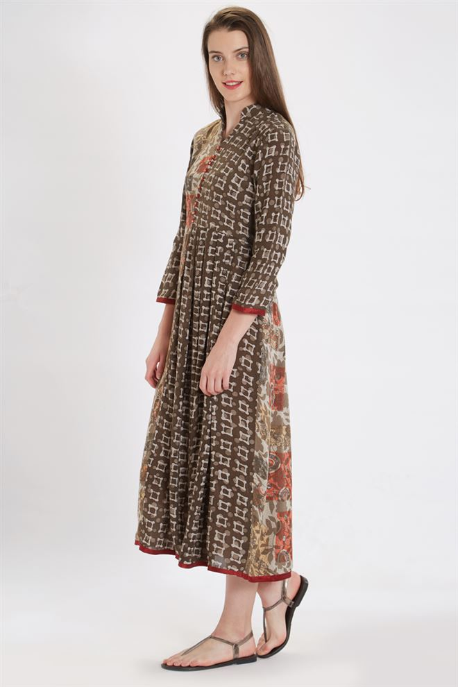 Classy Brown Color Viscose Rayon Kurti With Print Work