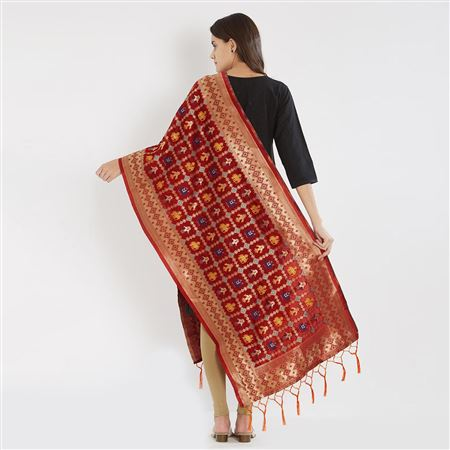 Artistic Weaving Work On Red Banarasi Jacquard Dupatta For Traditional Look