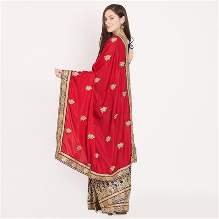 Fascinating Traditional Crepe Saree In Red And Blue With Border Work